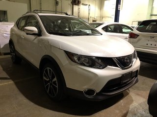 2019 Nissan Qashqai SL AWD CVT in Mississauga, Ontario - 2 - w320h240px