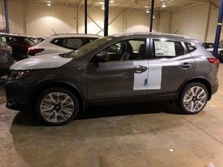 2019 Nissan Qashqai SL AWD CVT in Mississauga, Ontario - 2 - w320h240px