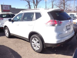 2016 Nissan Rogue SV AWD CVT in Mississauga, Ontario - 3 - w320h240px