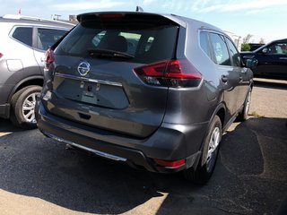 2018 Nissan Rogue S FWD CVT in Mississauga, Ontario - 4 - w320h240px
