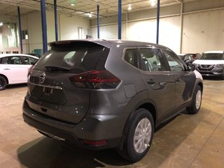 2019 Nissan Rogue S FWD CVT in Mississauga, Ontario - 5 - w320h240px