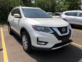 2019 Nissan Rogue SV AWD CVT in Mississauga, Ontario - 3 - w320h240px