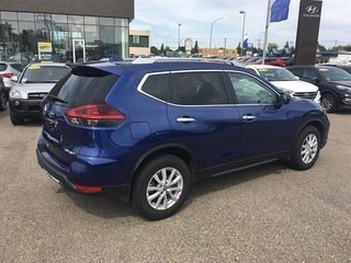 2019 Nissan Rogue SV AWD CVT in Regina, Saskatchewan - 6 - w320h240px
