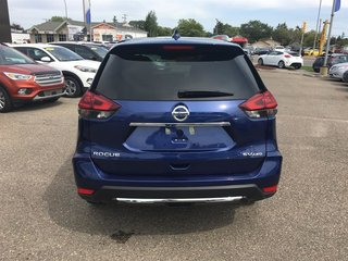 2019 Nissan Rogue SV AWD CVT in Regina, Saskatchewan - 5 - w320h240px