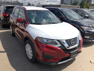 2020 Nissan Rogue S FWD CVT in Mississauga, Ontario - 4 - w320h240px