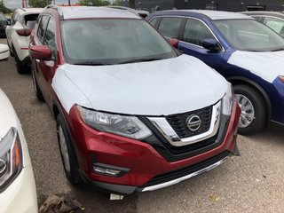 2020 Nissan Rogue SV AWD CVT in Mississauga, Ontario - 4 - w320h240px