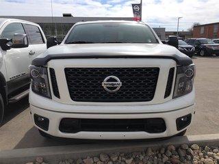 2018 Nissan Titan Crew Cab SV Midnight Edition in Regina, Saskatchewan - 2 - w320h240px