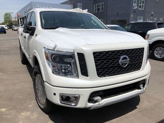 2019 Nissan Titan Crew Cab PRO-4X 4X4 in Mississauga, Ontario - 2 - w320h240px