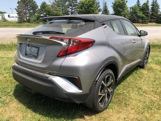 2019 Toyota C-HR LE (2) in Bolton, Ontario - 4 - w320h240px