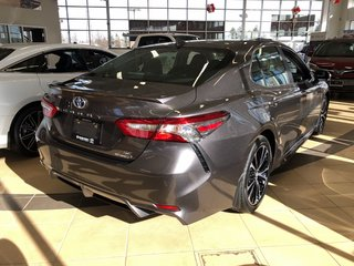 2019 Toyota Camry Hybrid SE in Bolton, Ontario - 3 - w320h240px