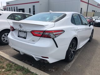 2019 Toyota Camry SE in Bolton, Ontario - 4 - w320h240px