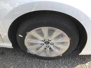 Toyota Camry 4-Door Sedan SE 8A 2019 à Verdun, Québec - 3 - w320h240px