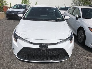 Toyota Corolla LE 2020 à Verdun, Québec - 2 - w320h240px
