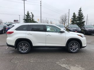 2019 Toyota Highlander XLE in Bolton, Ontario - 5 - w320h240px