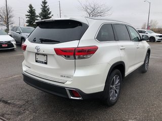 2019 Toyota Highlander XLE in Bolton, Ontario - 6 - w320h240px