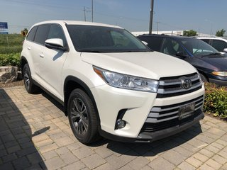 2019 Toyota Highlander LE in Bolton, Ontario - 3 - w320h240px