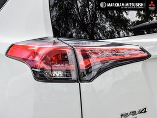 2018 Toyota RAV4 Hybrid LE+ in Markham, Ontario - 6 - w320h240px