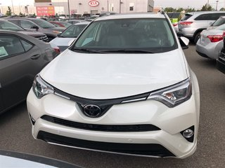 2018 Toyota RAV4 Limited in Bolton, Ontario - 2 - w320h240px