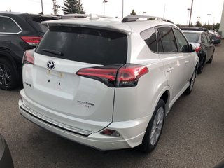 2018 Toyota RAV4 Limited in Bolton, Ontario - 5 - w320h240px