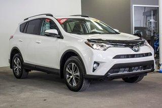 2018 Toyota RAV4 XLE/AWD/Toit ouvrant / Caméra / Bluetooth/ in Verdun, Quebec - 5 - w320h240px
