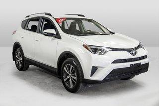 2018 Toyota RAV4 AWD / Caméra Recul / Mags / Bluetooth in Verdun, Quebec - 3 - w320h240px