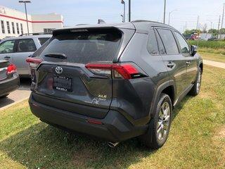 2019 Toyota RAV4 XLE in Bolton, Ontario - 4 - w320h240px