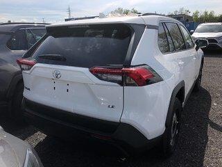 Toyota RAV4 FWD LE 2019 à Verdun, Québec - 5 - w320h240px