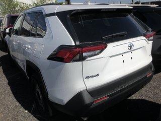 Toyota RAV4 FWD LE 2019 à Verdun, Québec - 4 - w320h240px