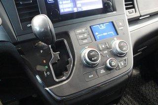 2015 Toyota Sienna SE 8-Pass V6 6A in Regina, Saskatchewan - 4 - w320h240px