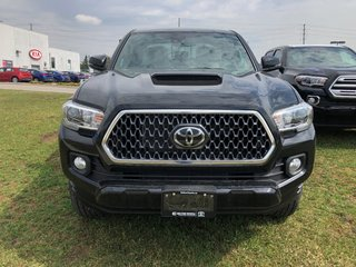 2019 Toyota Tacoma SR5 in Bolton, Ontario - 2 - w320h240px