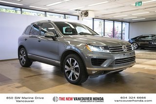 2017 Volkswagen Touareg Wolfsburg Edition 3.6L 8sp at w/Tip 4M in Vancouver, British Columbia - 4 - w320h240px