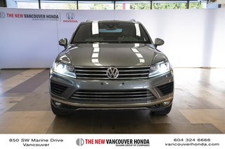 2017 Volkswagen Touareg Wolfsburg Edition 3.6L 8sp at w/Tip 4M in Vancouver, British Columbia - 3 - w320h240px