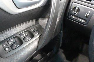 2006 Volvo V70 2.5T AWD A in Regina, Saskatchewan - 3 - w320h240px