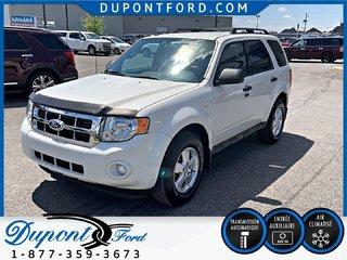 Ford Escape AWD XLT - 4 X 4 - V-6 - 3.OL - ATTACHE REMORQUE 2011