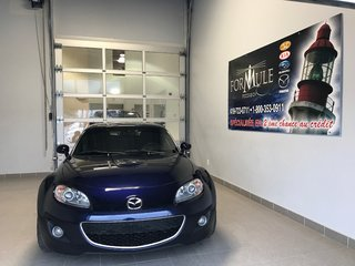 Mazda MX-5 GS 2012
