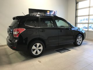 Subaru Forester TOURING 2014
