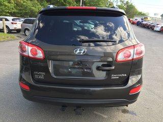 2011 Hyundai Santa Fe GL Sport FWD