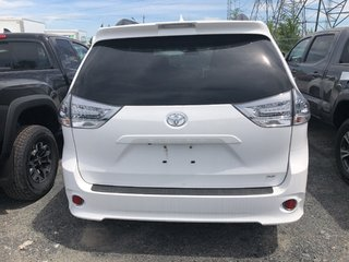 Toyota Sienna SE 8-Passenger 2019