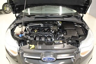 Ford Focus SE Sedan + JANTES + BLUETOOTH + CARPROOF DISPONIBLE + 2013
