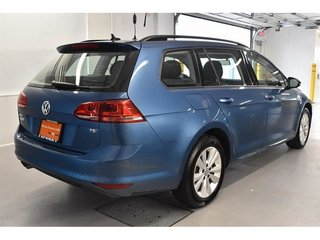 Volkswagen Golf Sportwagon Trendline+**0.9%** 2017