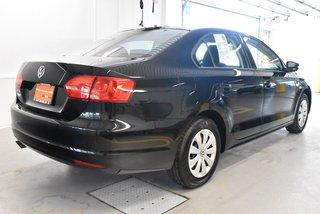Volkswagen Jetta TRENDLINE + 2014