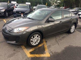 Mazda3 GS-SKY tres propre a/c ideal pour etudiants 2012