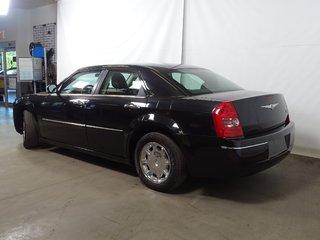 2010 Chrysler 300 Touring+CUIR+REGVIT+A/C