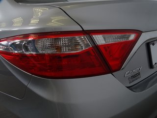 Toyota Camry XLE CUIR TOITOUV GPS 2.5L CAM MAG 2015