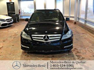 2013 Mercedes-Benz C-Class C300 4MATIC, cuir, toit ouvrant, Xénon