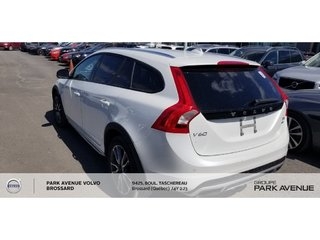 2015 Volvo V60 Cross Country T5 Premier | TECH + CLIMATE PACK