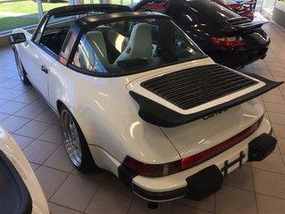 Porsche 911 CARRERA TARGA 1987