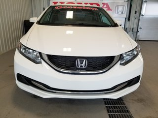 Honda Civic Sedan LX bluetooth manuelle A/C 2015