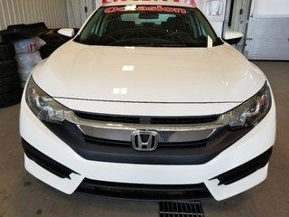 2017 Honda Civic Sedan LX full bluetooth automatique bas millage