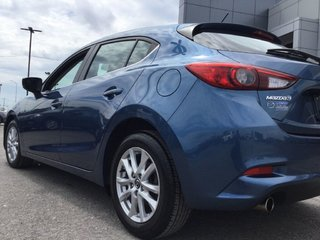 Mazda3 Sport GS | Sièges et volant chauffants | Bas kilo 2018